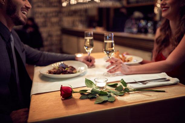 浪漫烛光晚餐