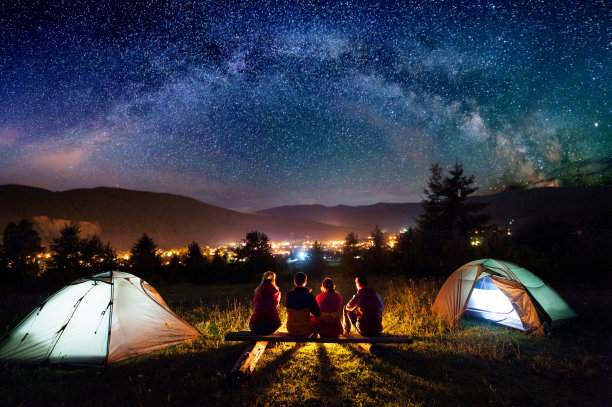 帐篷露营夜景