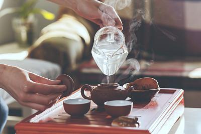 茶壶女人茶道