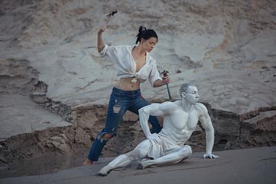 雕塑家女人职权