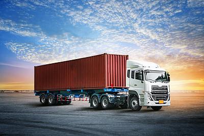 容器卡车货运