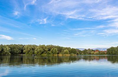 湖公园图片