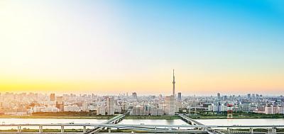 东京日本黑云压城