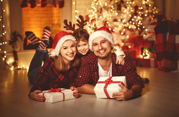 圣诞节一家人合影