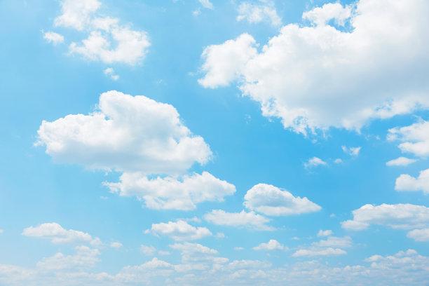 浅蓝色天空