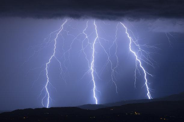 意大利水暴风雨