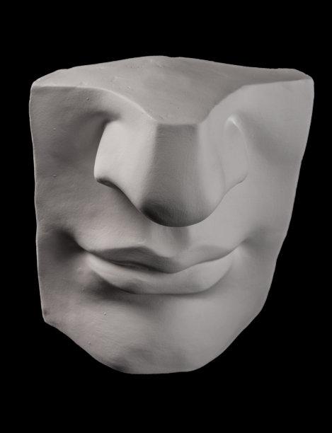 灰膏似人脸垂直画幅