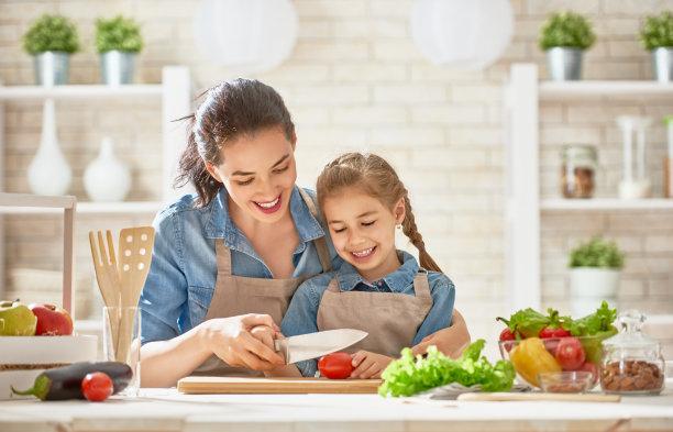 厨房家庭亲子活动