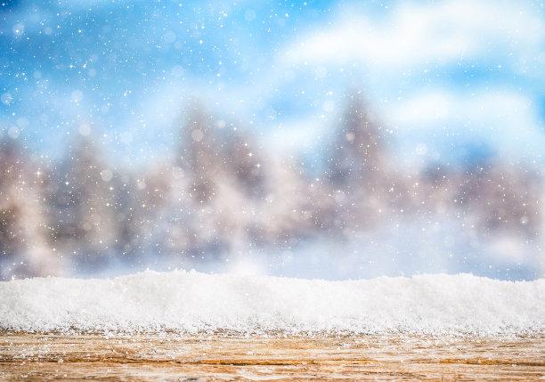 玻璃下雪背景