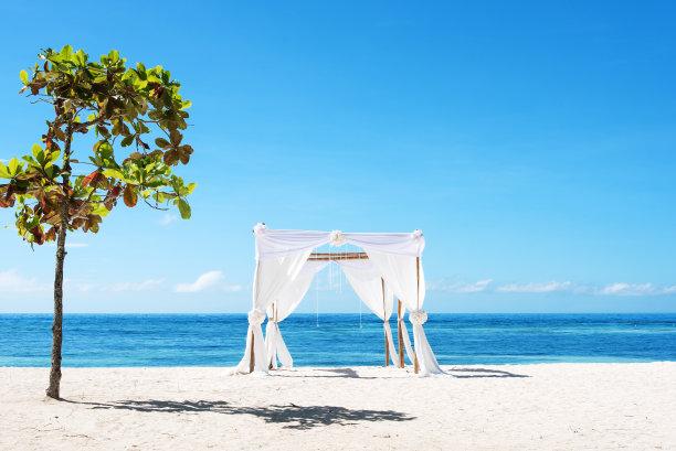 海滩婚礼帐篷