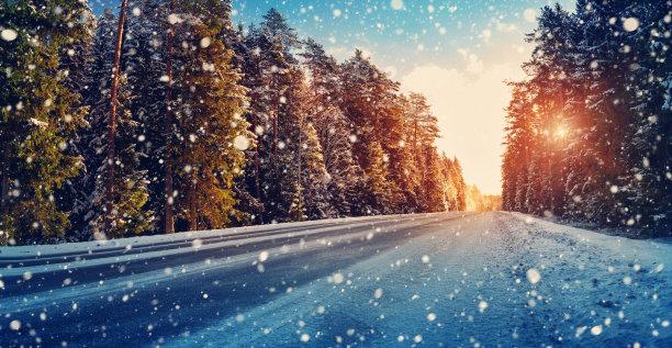 冬天路轮胎