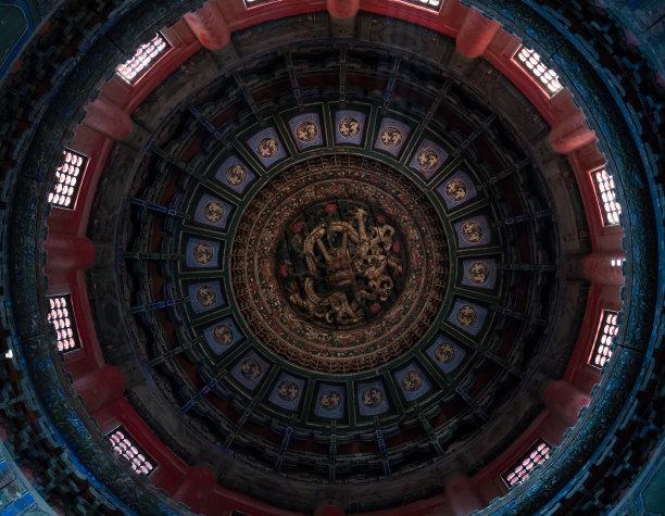 天花板龙北京