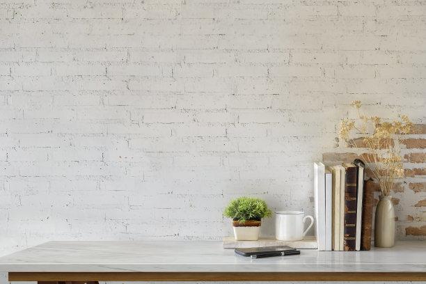 白色砖头背景墙