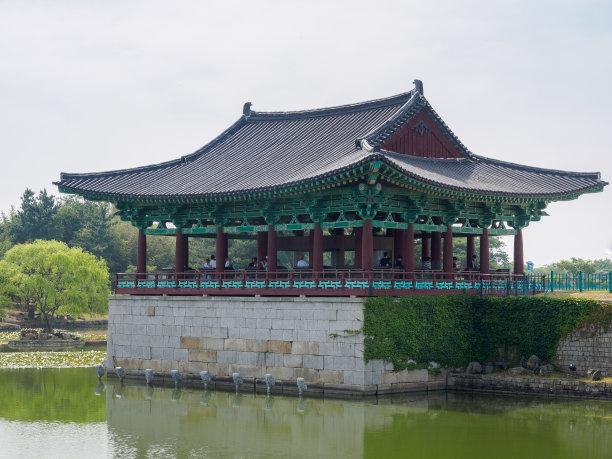 庆州市池塘宫殿