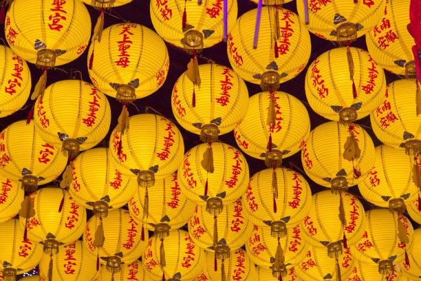 黄色中国灯