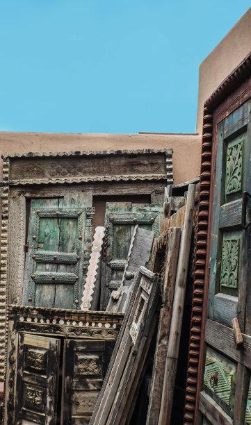 古典式窗户门