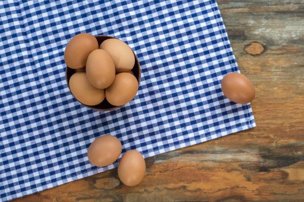 木制蛋背景