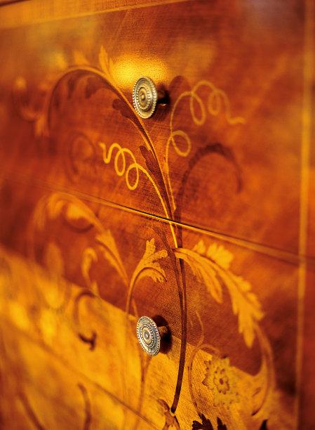 古董褐色平衡折角灯