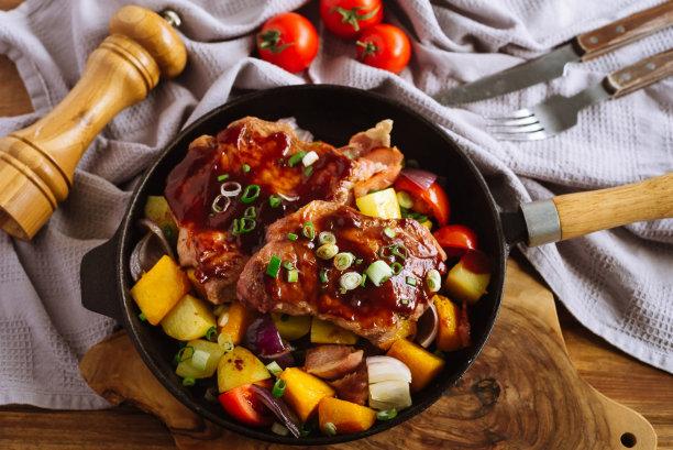 锅猪肉图片