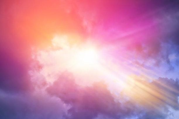 云景,阳光光束,戏剧性的天空