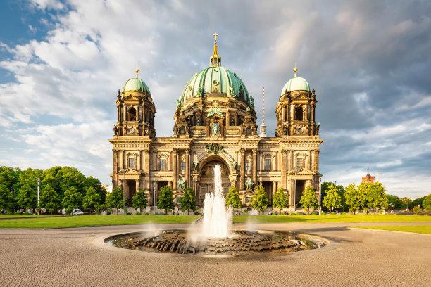 柏林大教堂夏天德国