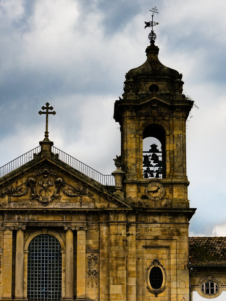 铃教堂尖顶