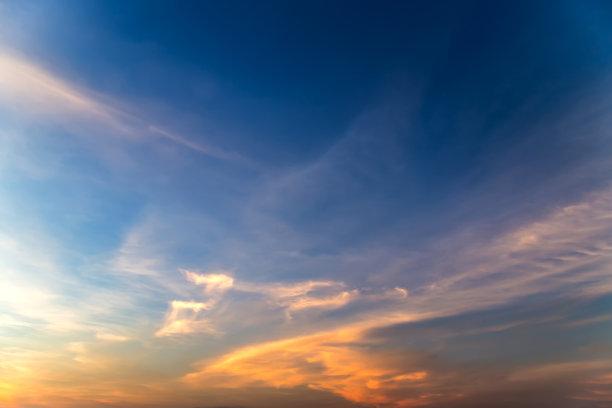 云,黎明,多云
